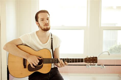 Discover Multitalented Blake Mills–Opening for Fiona Apple