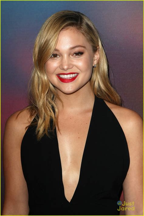 Olivia Holt Teams with Brandon Beal For New Song 'Paradise