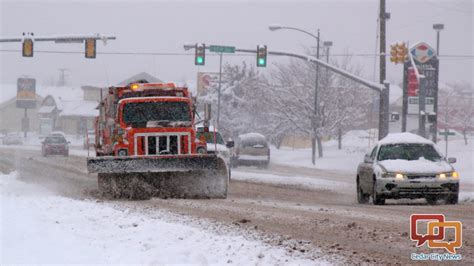 Preparing for snow-covered roads, how agencies deal with