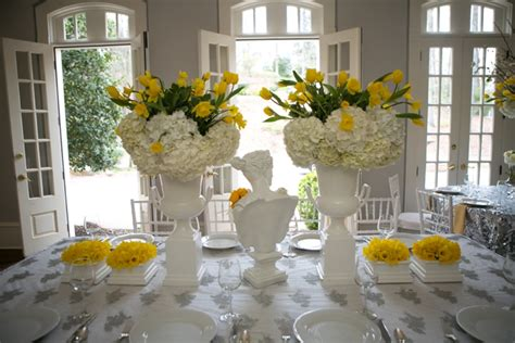 Modern Chic Yellow and White Wedding Ideas | Every Last Detail