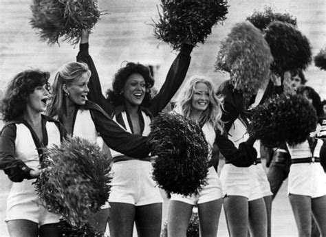 Time for NFL to end use of cheerleaders - Chicago Tribune