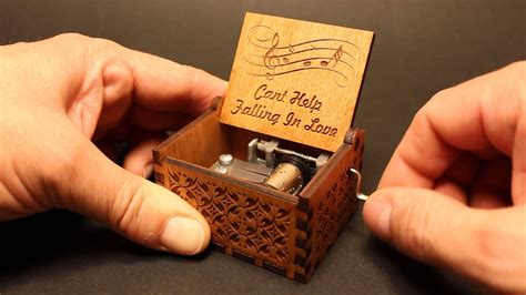 Can't Help Falling in Love - Elvis Presley - Music box by