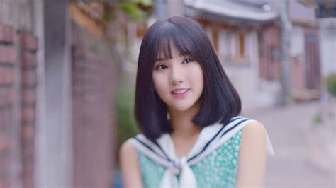 Profile of GFriend's Eunha (Age, Height, Songs, and Facts
