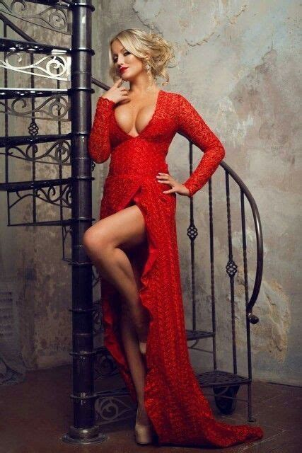 Pin by GeGhO on PнoтoGrαPнy   Red dress women, Gorgeous