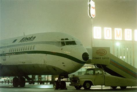 Travel: What Airports Looked Like in the 1970s | Ultra Swank