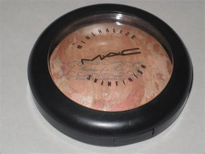 Reader's Request: MAC Mineralize Skinfinish in Refined